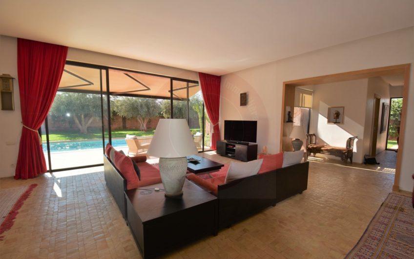 Marrakech immobilier villa à vendre https://www.marrakech-immobilier.eu/nos-biens/marrakech-villa-a-vendre-resort-golfique/