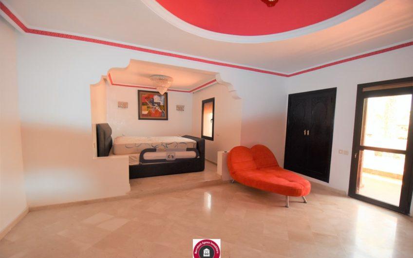 Marrakech Palmeraie belle villa à la vente art déco